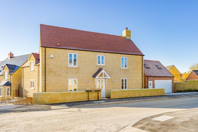 4 Bedrooms Detached House for sale in The Alder, Slate Crescent, Stonesfield, Witney, Oxfordshire