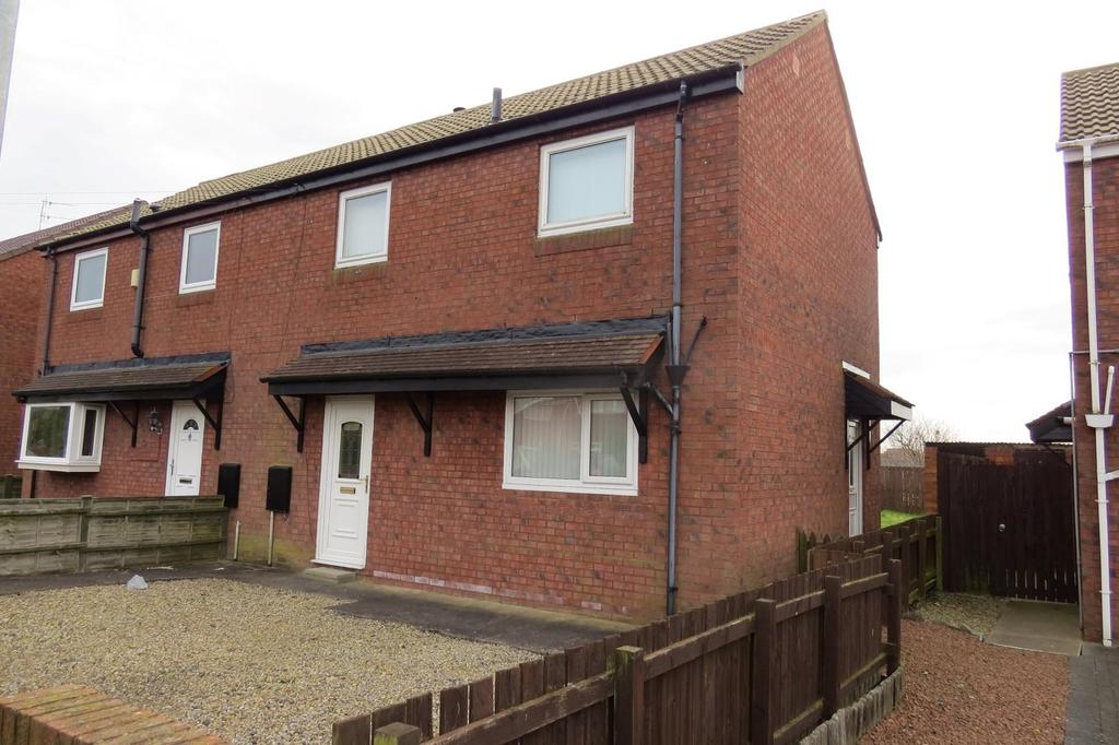 2 Bedrooms Semi Detached House for sale in Stakeford Crescent, Stakeford