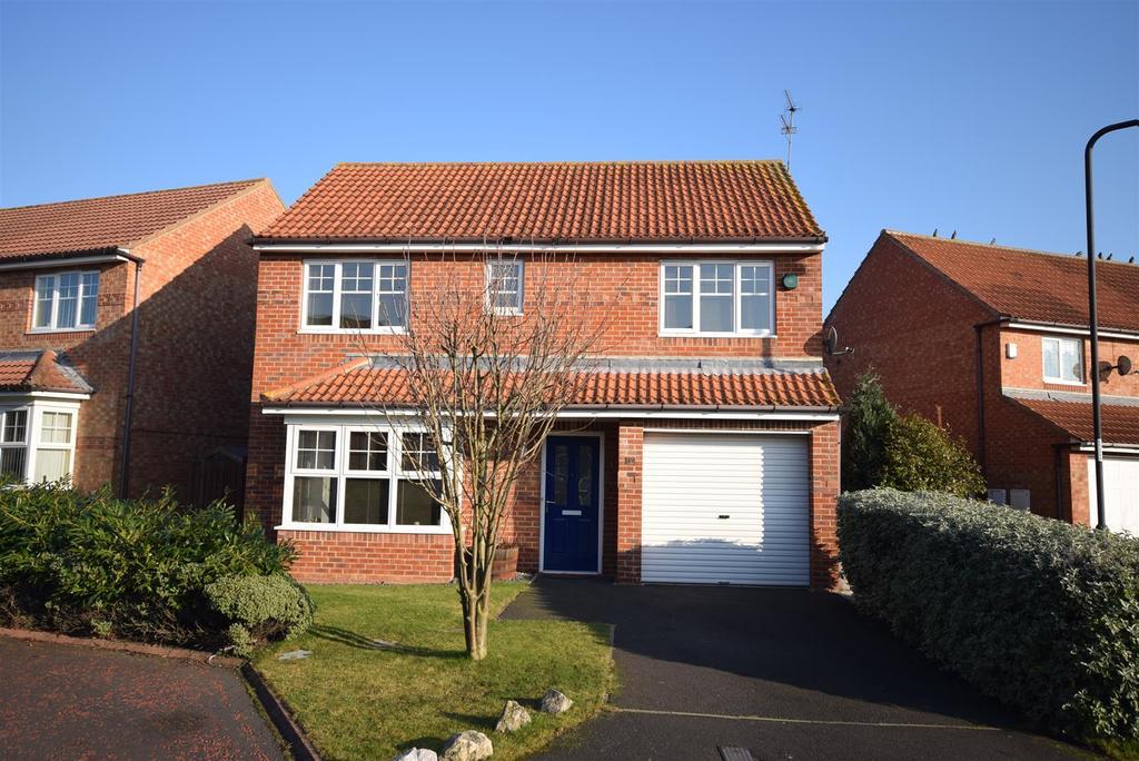 4 Bedrooms Detached House for sale in Stirling Close, Sunderland