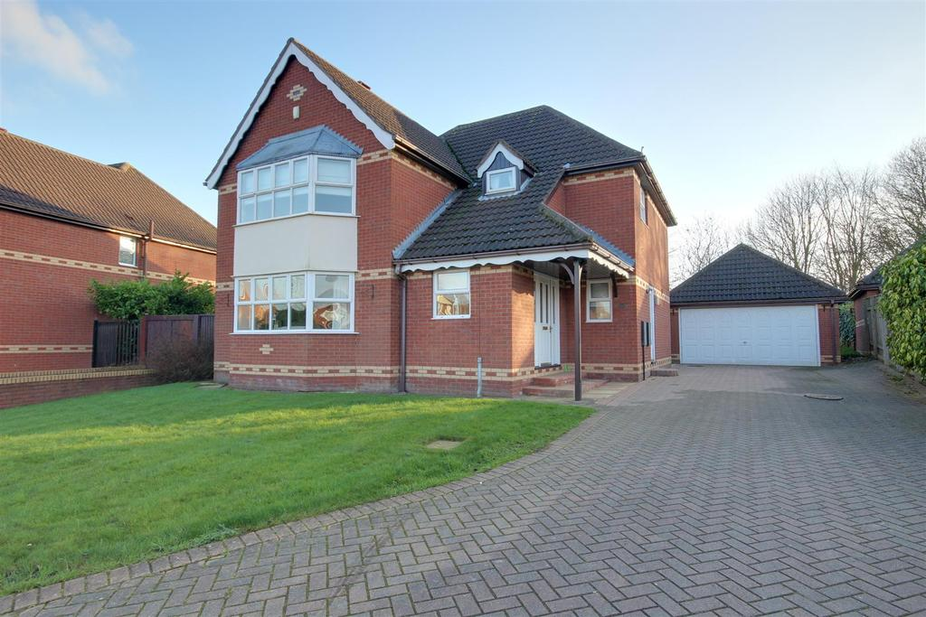 4 Bedrooms Detached House for sale in South Rise, Skidby