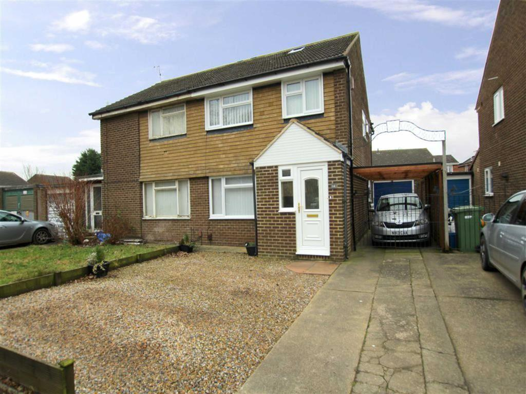 3 Bedrooms Semi Detached House for sale in Enterpen Close, Yarm, Stockton-on-Tees