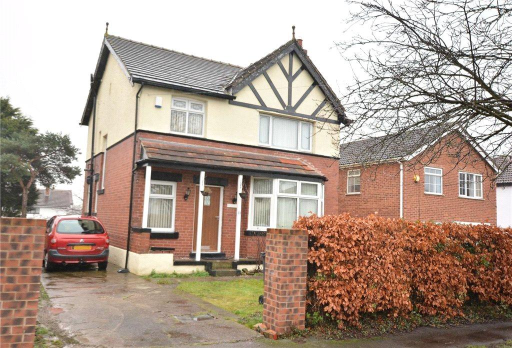 3 Bedrooms Detached House for sale in Fearnville Avenue, Leeds