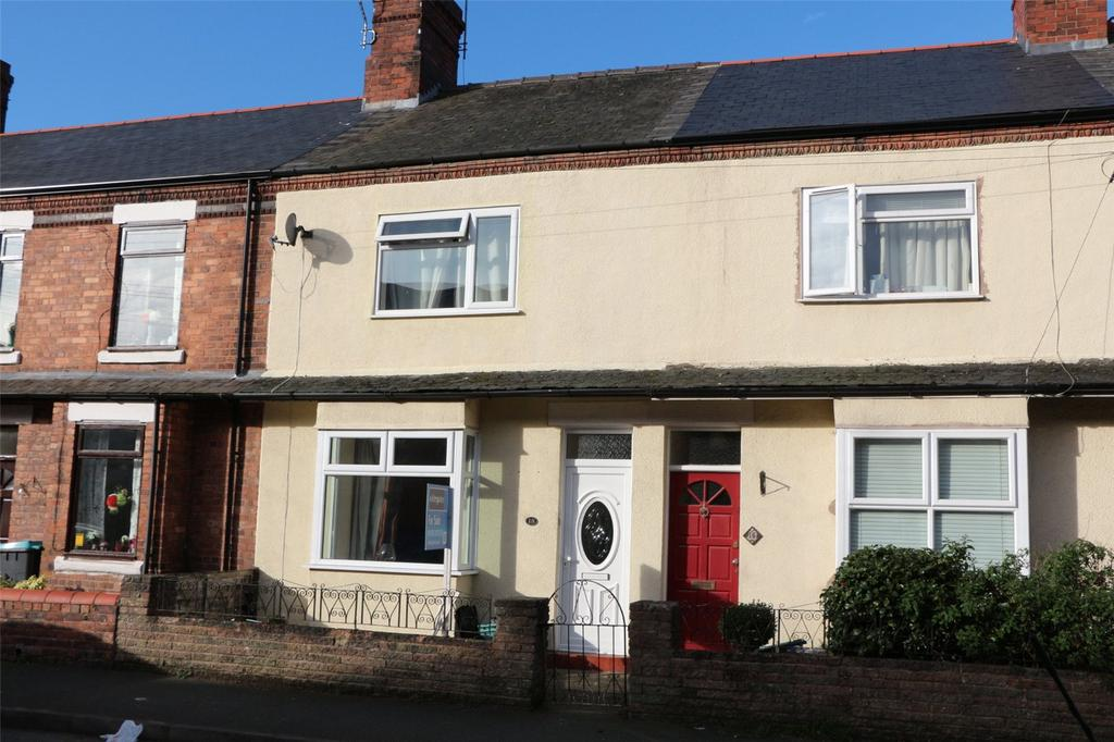 3 Bedrooms Terraced House for sale in Empress Road, Wrexham, LL13