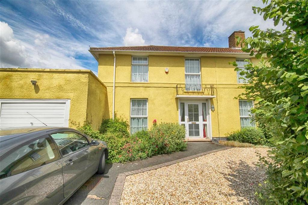 4 Bedrooms Semi Detached House for sale in Oldfield Crescent, Near Lansdown, Cheltenham, GL51