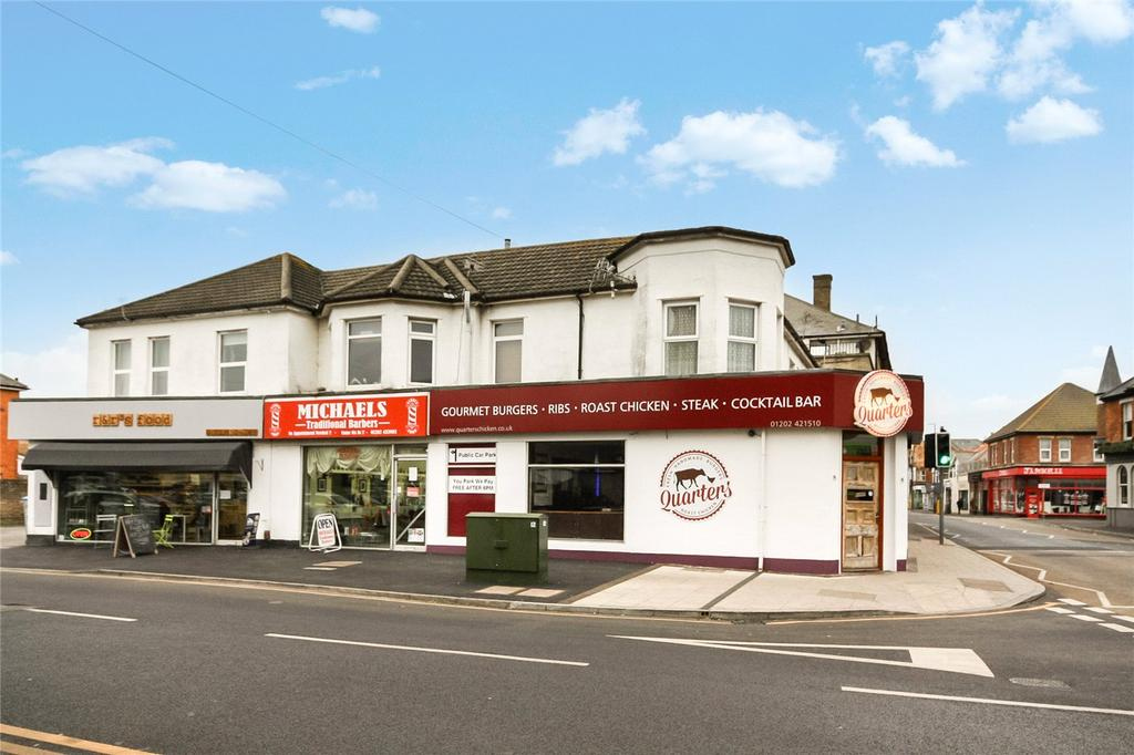 2 Bedrooms Flat for sale in Woodside Road, Bournemouth, Dorset, BH5