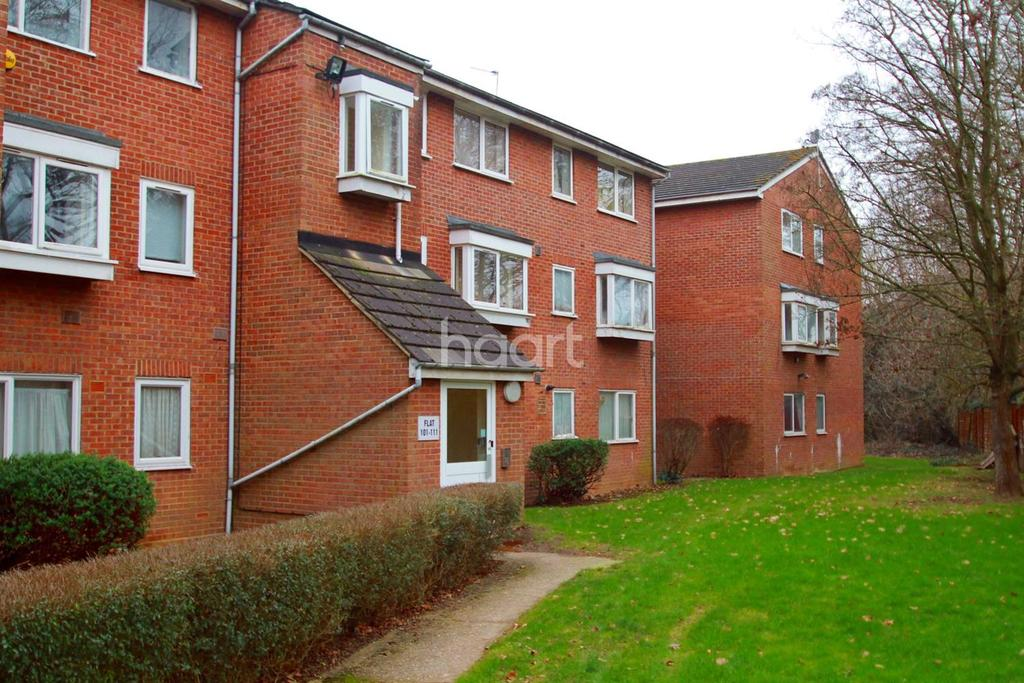 2 Bedrooms Flat for sale in Hayes Town