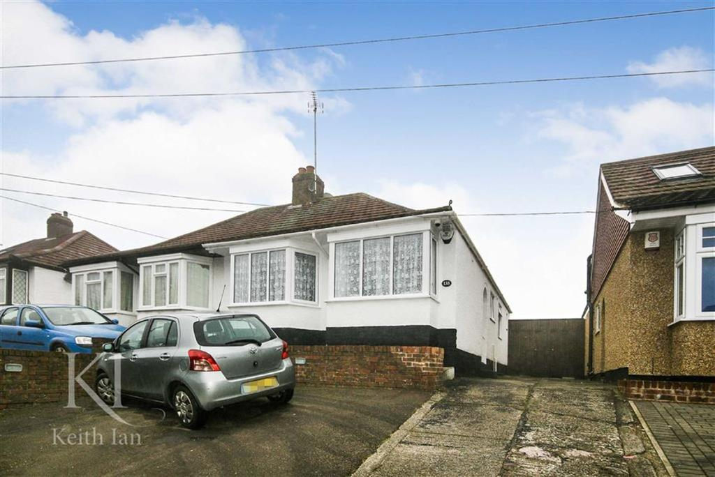 3 Bedrooms Semi Detached Bungalow for sale in Longfield Lane, West Cheshunt