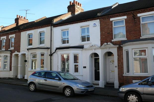 3 Bedrooms Terraced House for sale in Whitworth Road, Abington, Northampton, NN1