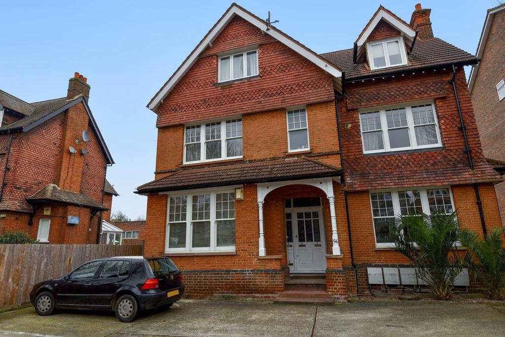2 Bedrooms Flat for sale in Thrale Road, Furzedown, SW16