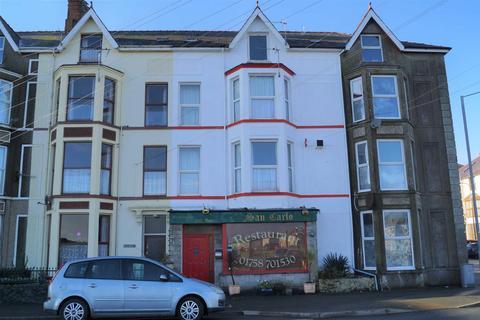 8 bedroom terraced house for sale - South Beach, Pwllheli