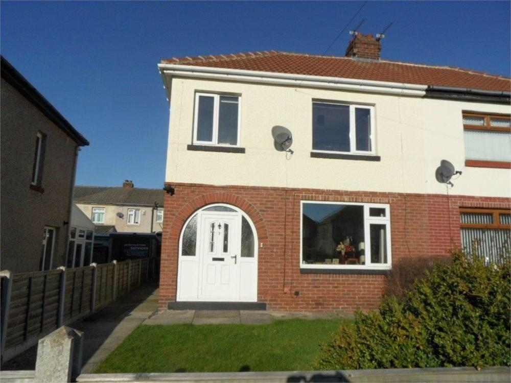 3 Bedrooms Semi Detached House for sale in Ash Grove, GOMERSAL, West Yorkshire
