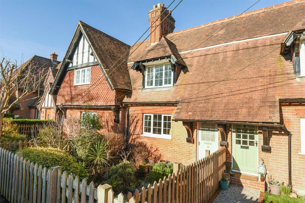 2 Bedrooms Cottage House for sale in Micheldever Station, Winchester, Hampshire