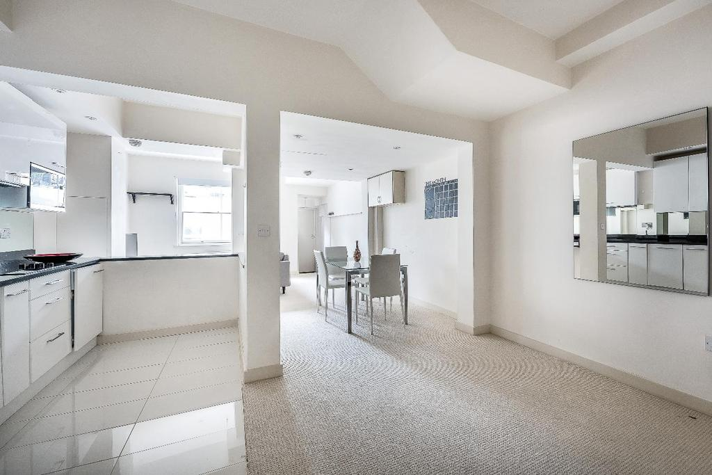 3 Bedrooms Flat for sale in WESTMORELAND TERRACE, SW1V