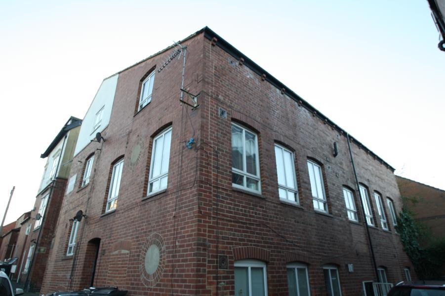 2 Bedrooms Apartment Flat for sale in 2, THE OLD LAB WORKS, 54-56 DEVON ROAD, LEEDS, LS2 9BA