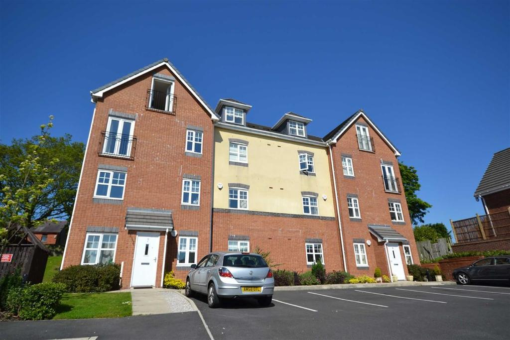 2 Bedrooms Penthouse Flat for sale in Beacon View, Standish, Wigan, WN6