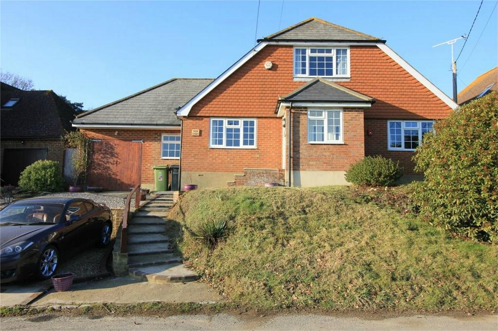 4 Bedrooms Detached House for sale in Butchers Lane, THREE OAKS, East Sussex
