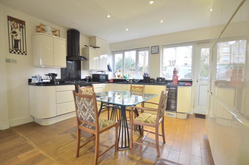 4 Bedrooms Town House for sale in Panmure Road Sydenham SE26
