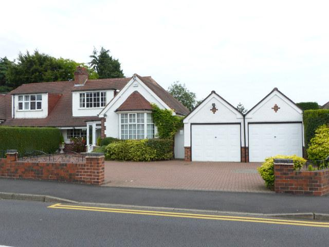 3 Bedrooms Bungalow for sale in Stonehouse Road,Boldmere,Sutton Coldfield
