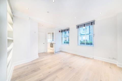Studio to rent - Carnaby Street, Soho, W1F