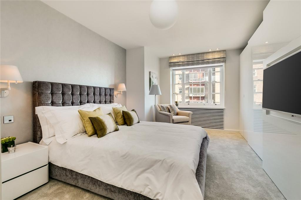2 Bedrooms Flat for sale in Lowndes Square, London