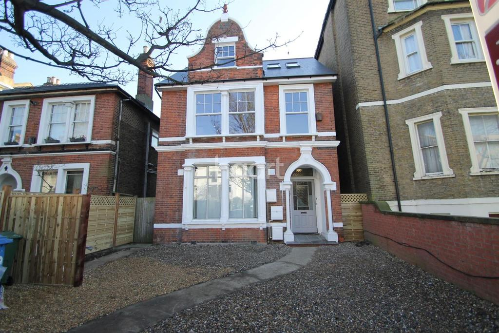 1 Bedroom Flat for sale in Croydon Road, SE20