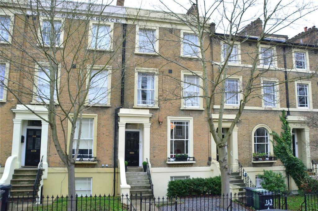 2 Bedrooms Maisonette Flat for sale in Dacre Park, Blackheath, London, SE13