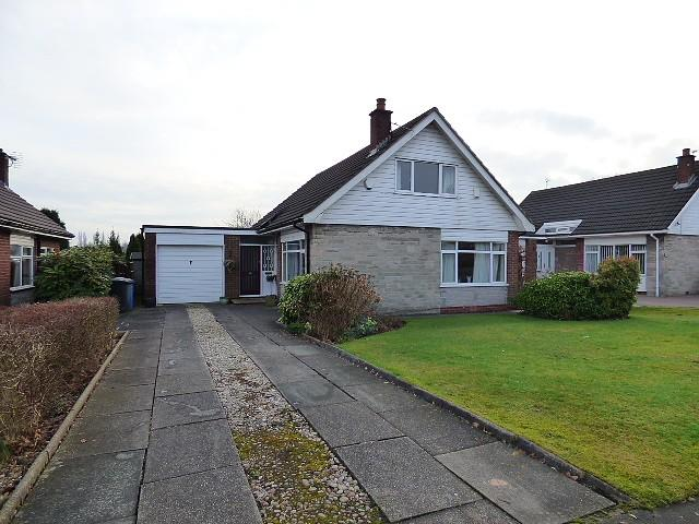 3 Bedrooms Detached House for sale in Brookfield Road, Culcheth, Warrington