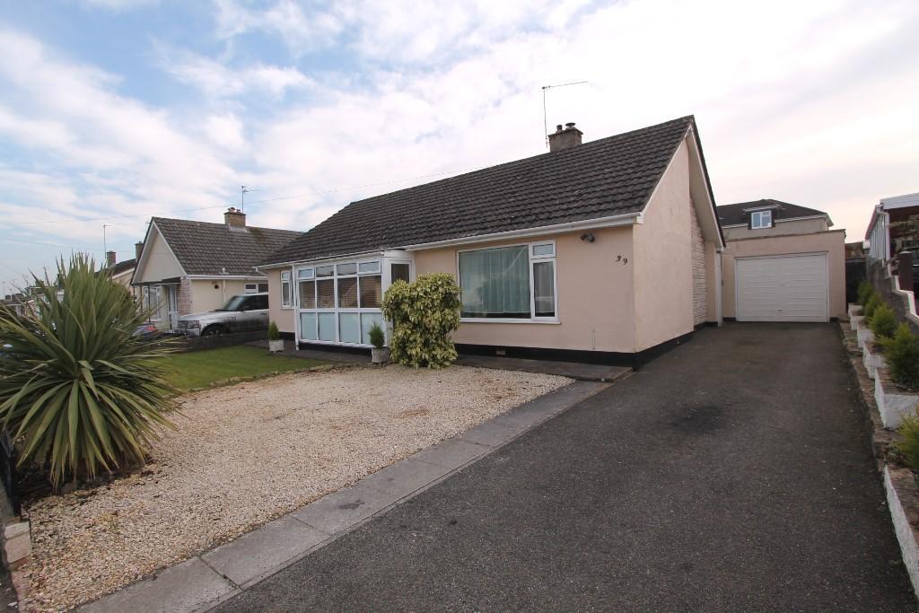 3 Bedrooms Detached Bungalow for sale in Somer Avenue, Midsomer Norton