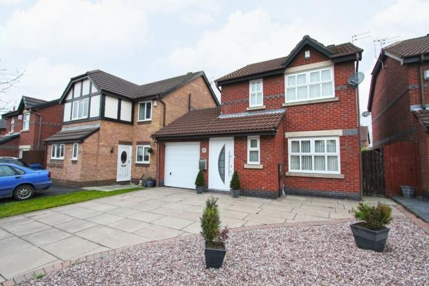 3 Bedrooms Detached House for sale in Wotton Drive Ashton In Makerfield Wigan