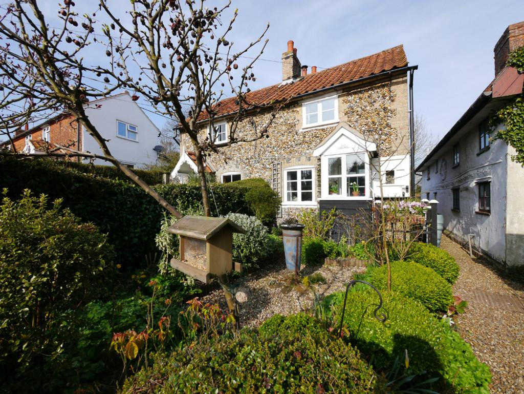 1 Bedroom Semi Detached House for sale in School Lane, Benhall, Suffolk