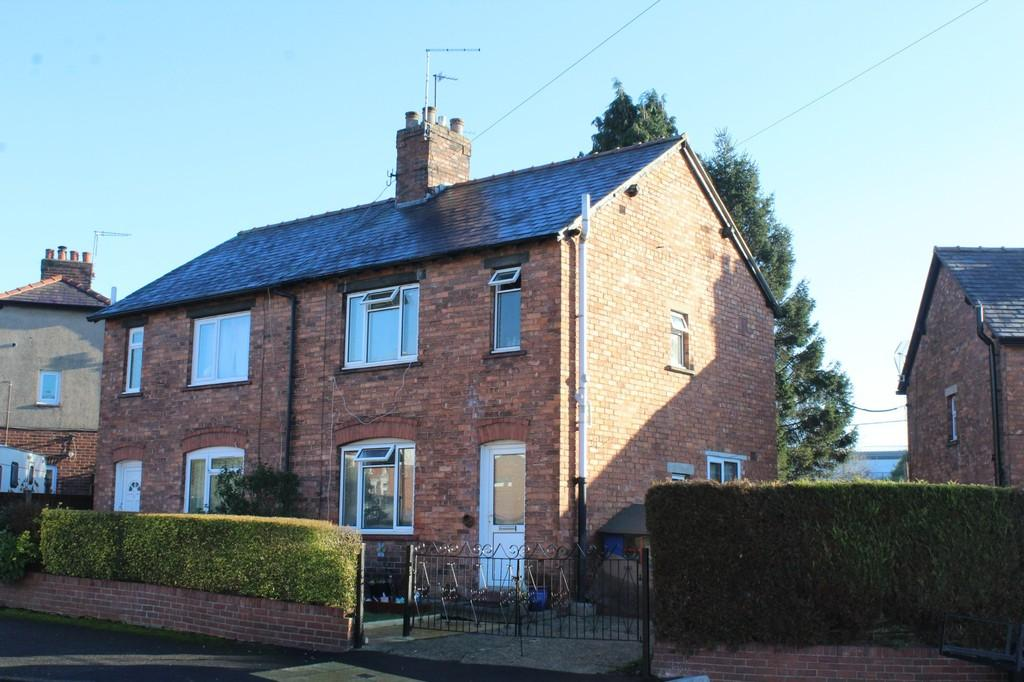 3 Bedrooms Semi Detached House for sale in Wayland Road, Whitchurch