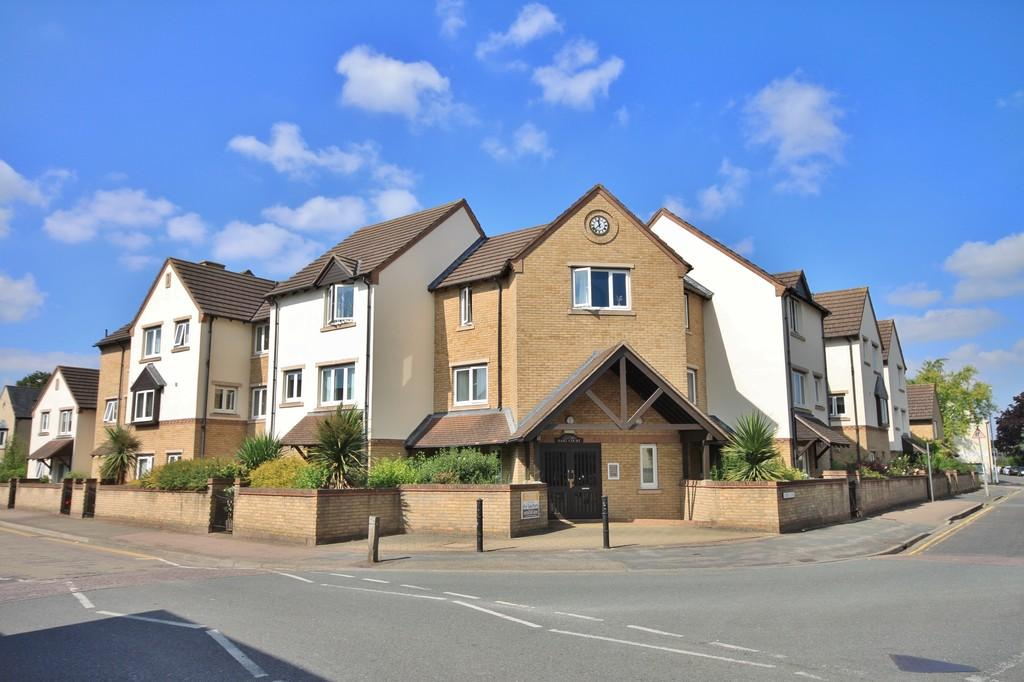 1 Bedroom Flat for sale in Haig Court, Cambridge
