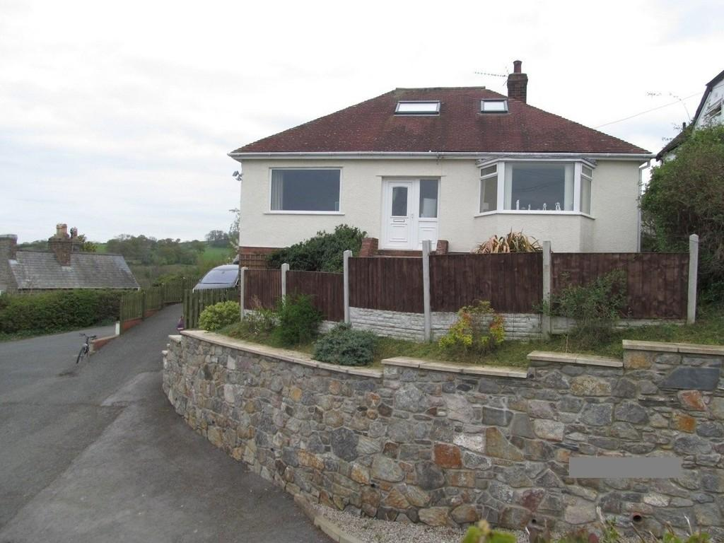 4 Bedrooms Detached House for sale in Llanelian Road, Old Colwyn