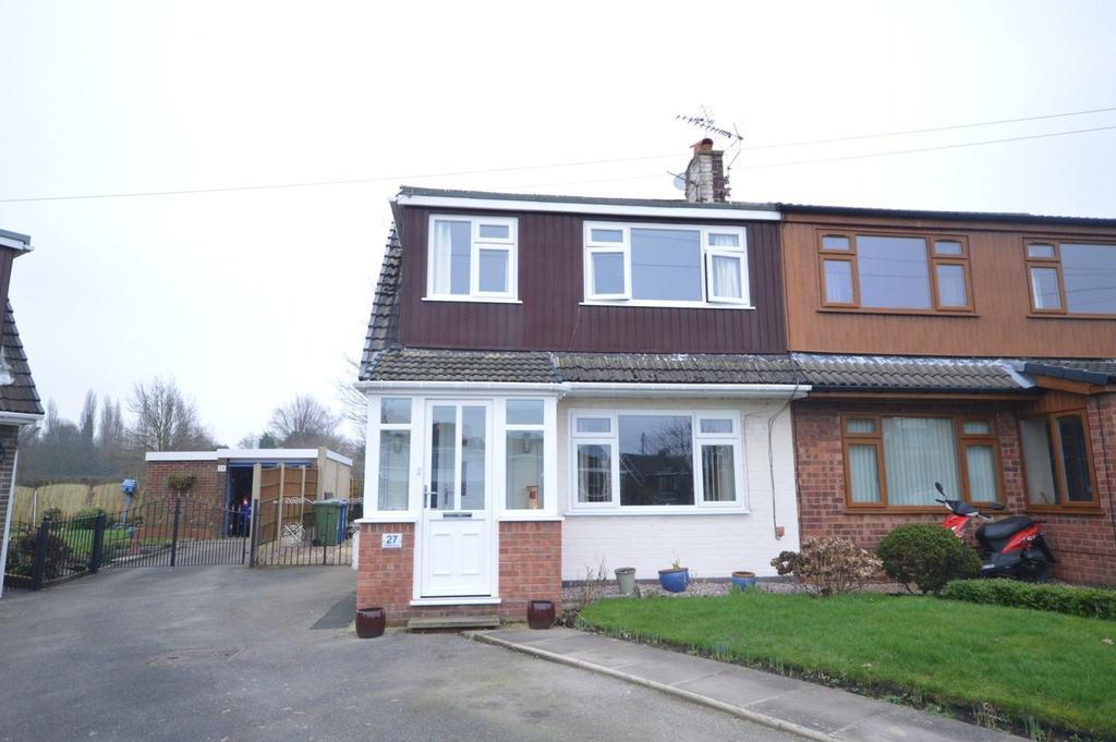 3 Bedrooms Semi Detached House for sale in Lindfield Close, Moore, Warrington