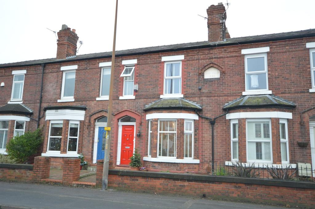 3 Bedrooms Terraced House for sale in Knutsford Road, Grappenhall