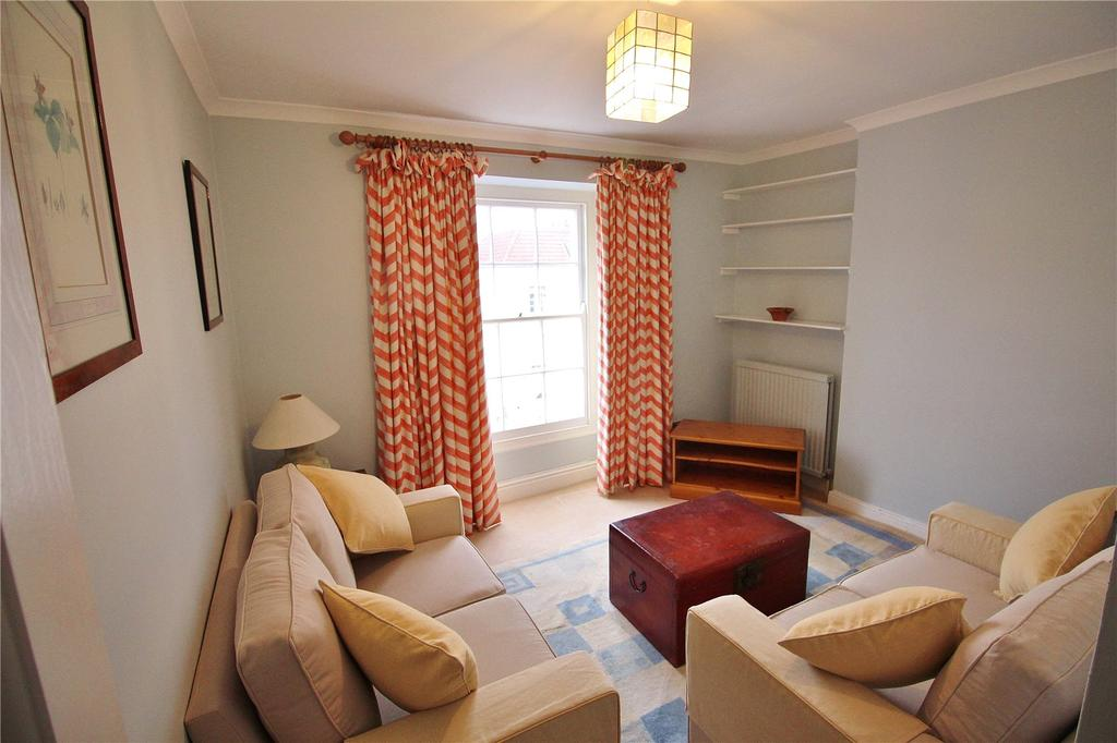 3 Bedrooms Flat Share for rent in West Park, Clifton, Bristol, BS8