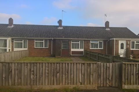 2 bedroom terraced bungalow to rent - Gardner Road, Ringwood, Hampshire BH24 3ER