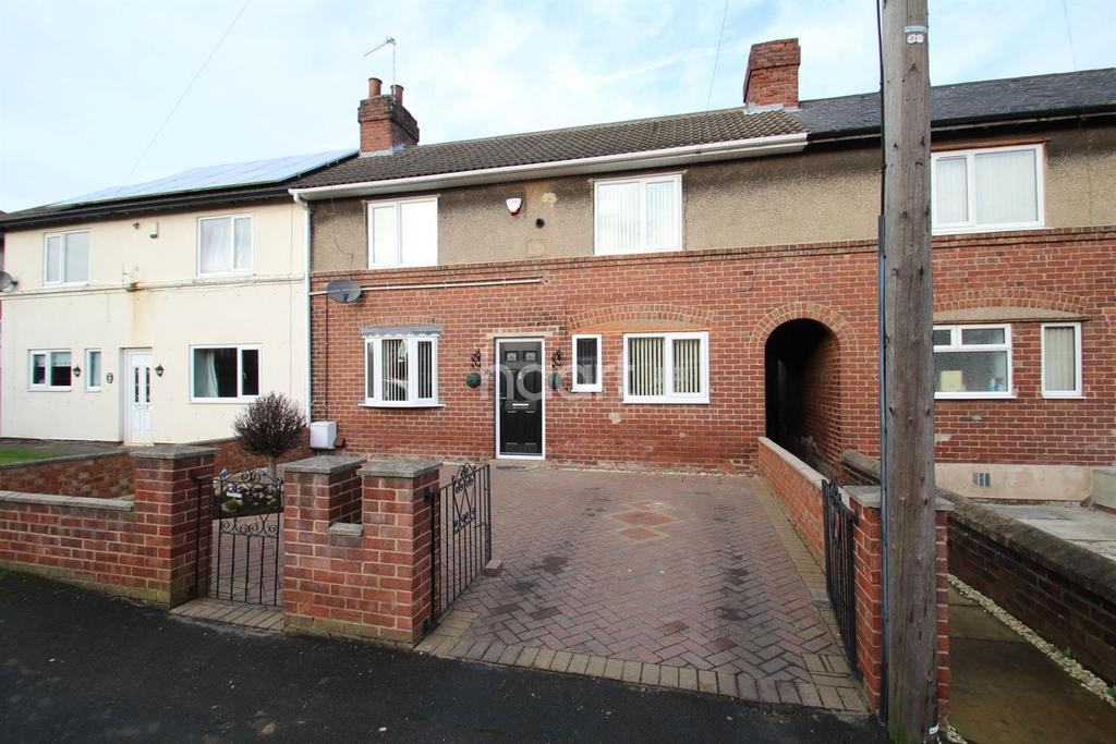 3 Bedrooms Terraced House for sale in Carr road , Edlington