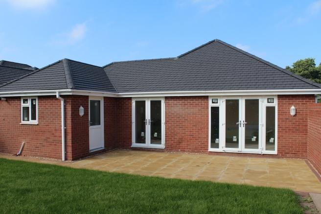 2 Bedrooms Detached Bungalow for sale in Plot 6, Oaklands, Springfields, Newport, Shropshire, TF10 7HA