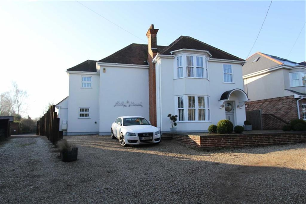 4 Bedrooms Detached House for sale in Southend Road, Billericay