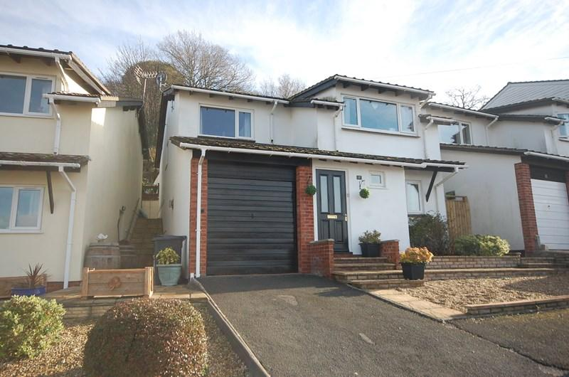 3 Bedrooms Detached House for sale in Harts Close, Teignmouth