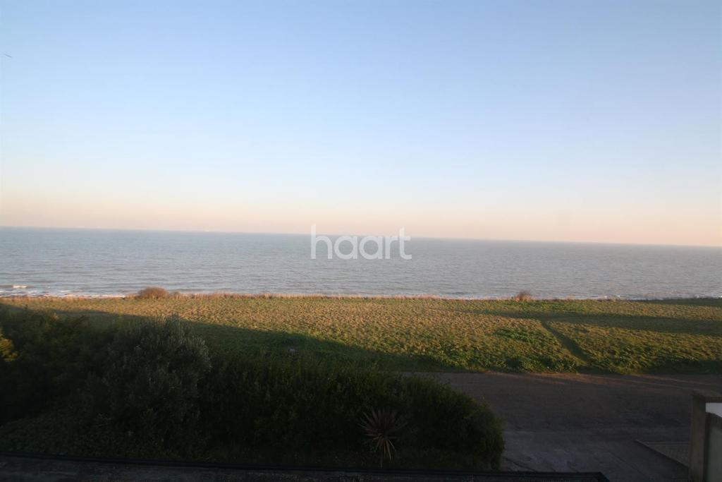 1 Bedroom Flat for sale in Cliff Promenade, Broadstairs, CT10