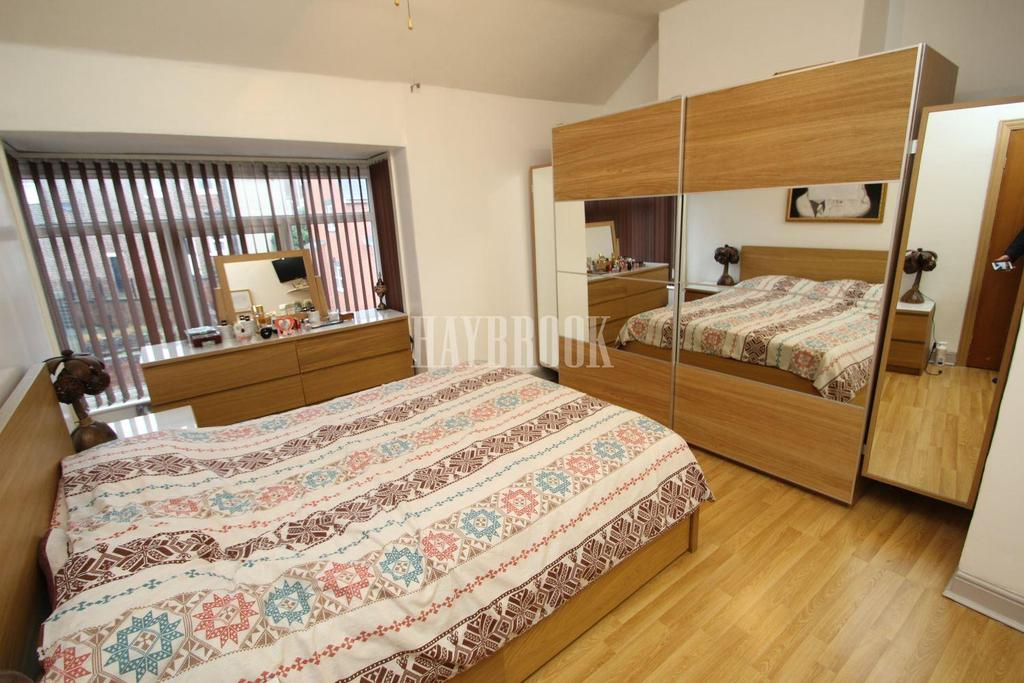 3 Bedrooms Terraced House for sale in Hawkshead Road, Wincobank