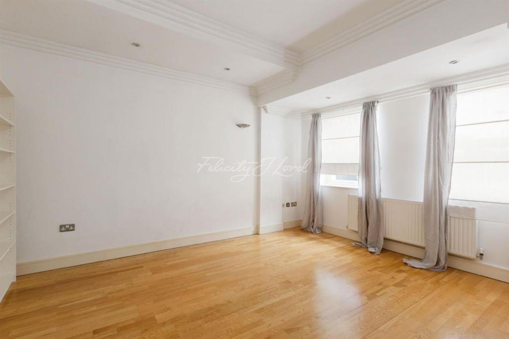 1 Bedroom Flat for sale in Church Walk, N16