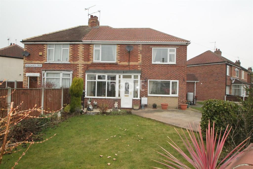3 Bedrooms Semi Detached House for sale in Tennyson Avenue, Sprotbrough