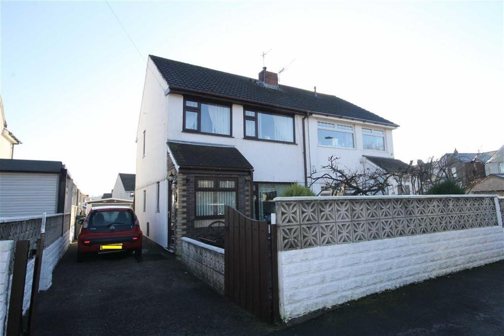 3 Bedrooms Semi Detached House for sale in Llancaiach View, Nelson, CF46