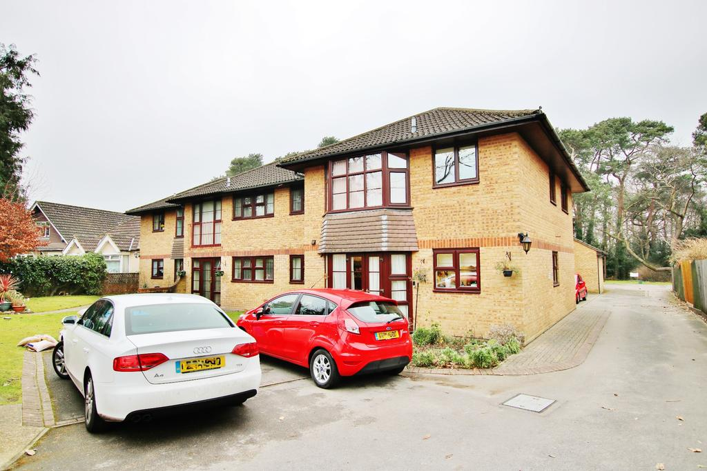 2 Bedrooms Retirement Property for sale in Thornhill Park, Southampton