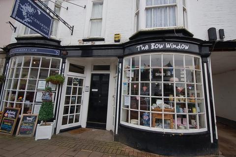 Shop to rent - High Street, Ex14