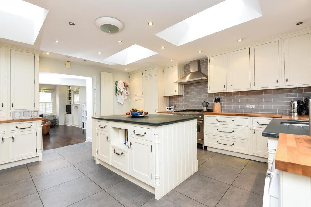 4 Bedrooms Terraced House for sale in Moring Road, Tooting
