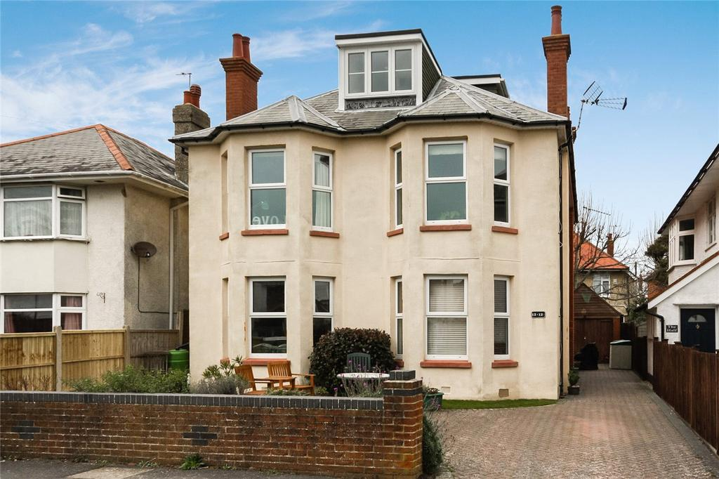 2 Bedrooms Flat for sale in Newstead Road, Bournemouth, Dorset, BH6